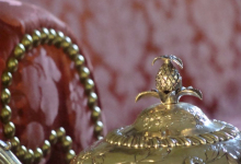 Tea pot finial